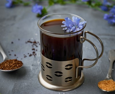 photo of cup of chicory coffee which is a caffeine free alterantive to help avoid falling asleep at work